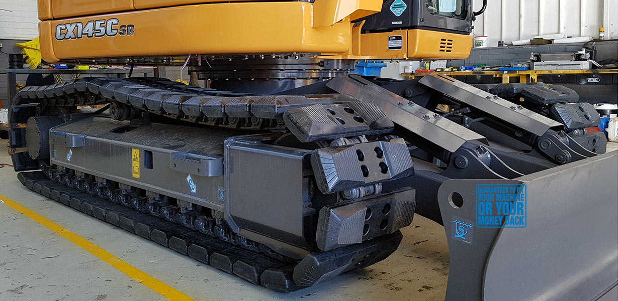 Crawler carrier chain on pads